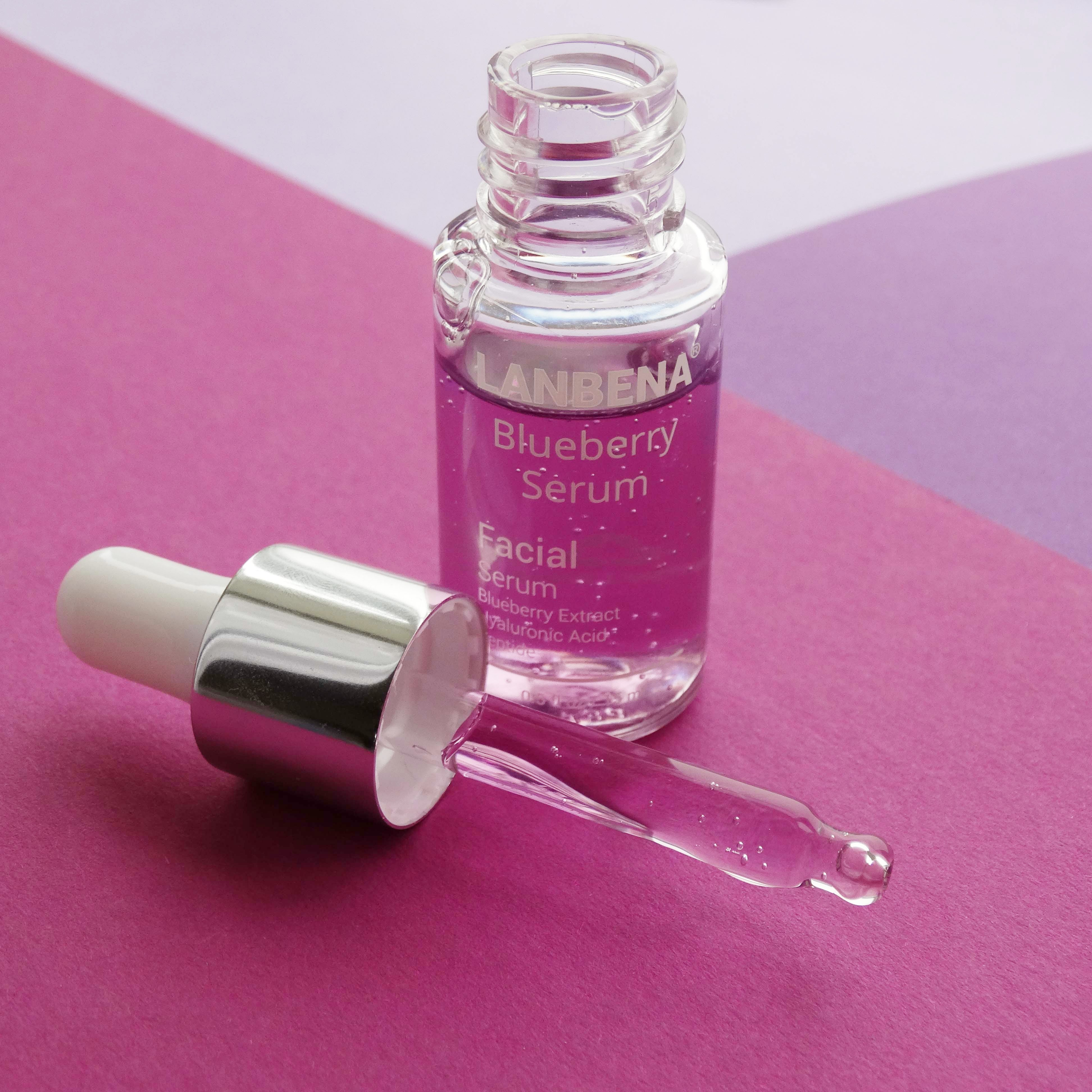 Черника, гиалуроновая кислота и пептиды - 3 в 1. Как увлажнить кожу без липкости и жирности
