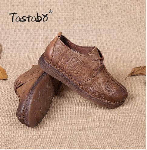 обувь из натуральной кожи на плоской подошве