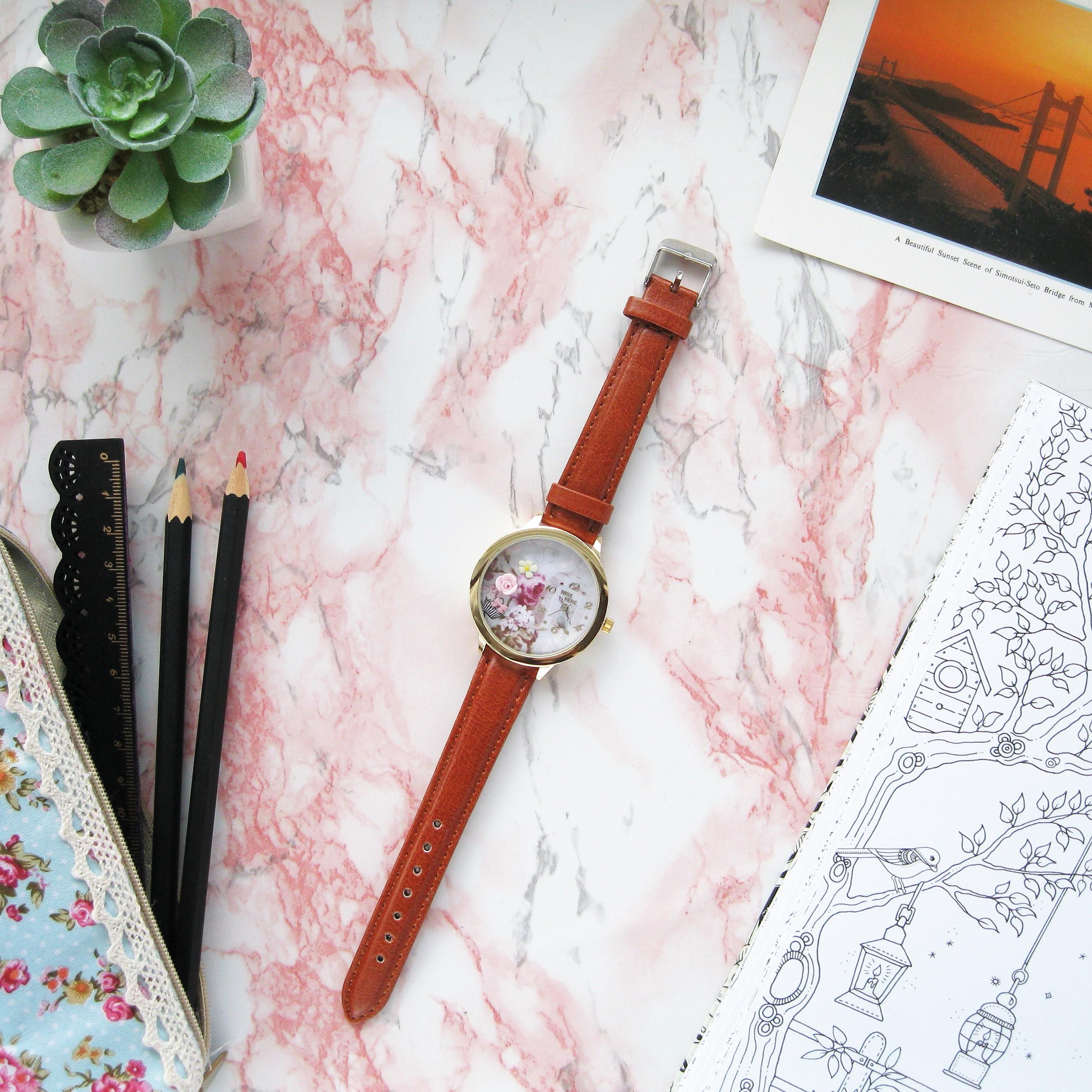 Часы с миниатюрами из полимерной глины от китайской фирмы MISS KEKE