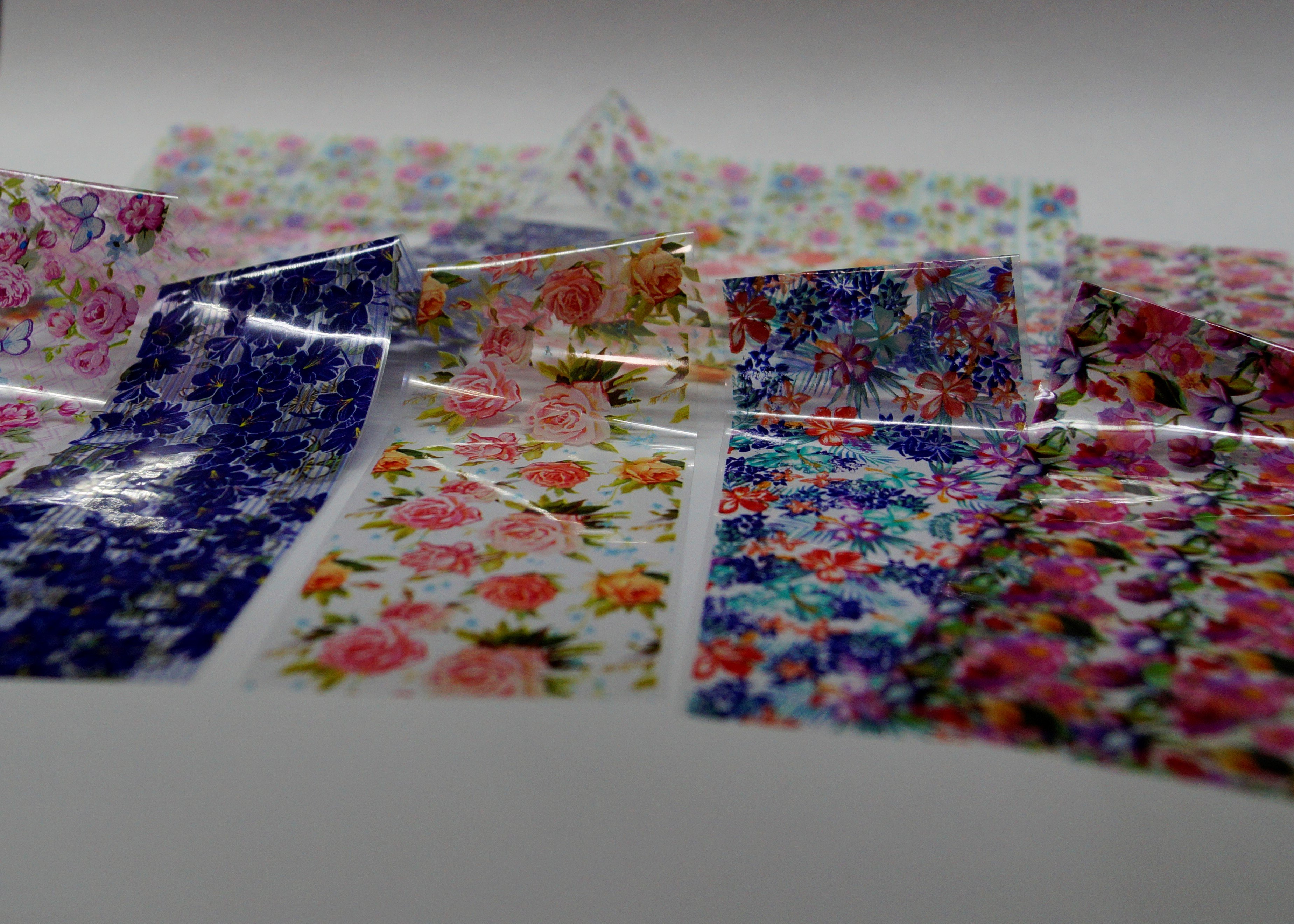 Красивые цветочные наклейки для ногтей - купить