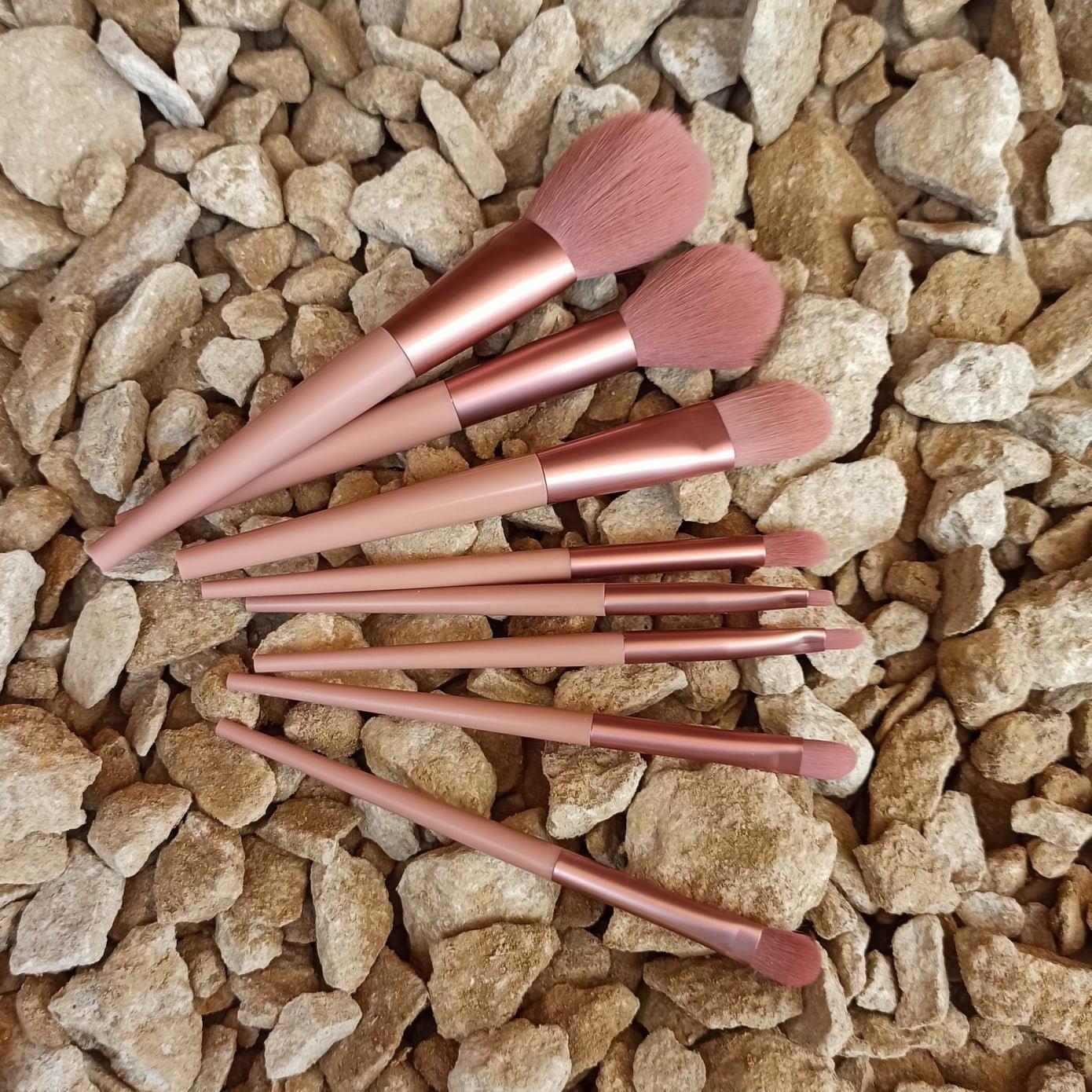 Набор кистей для макияжа от ANMOR - отзывы