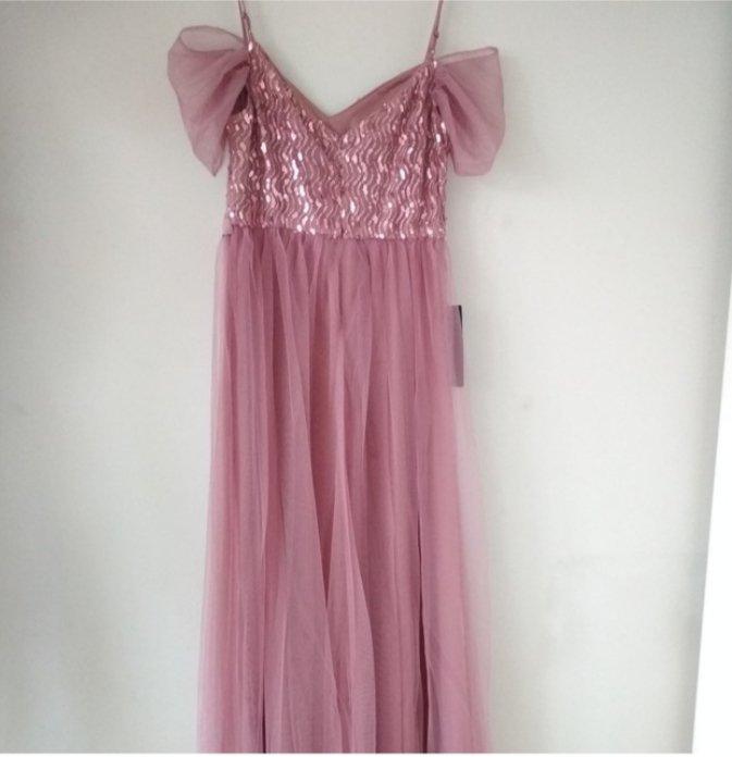 Модное платье - фото