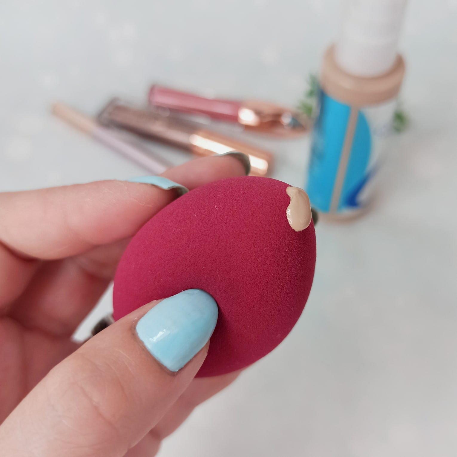 Обзор на скошенный спонж для макияжа - характеристики