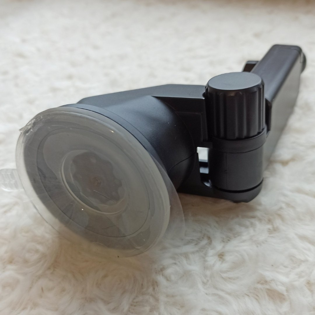 Беспроводное автомобильное зарядное устройство Qi от Ugreen