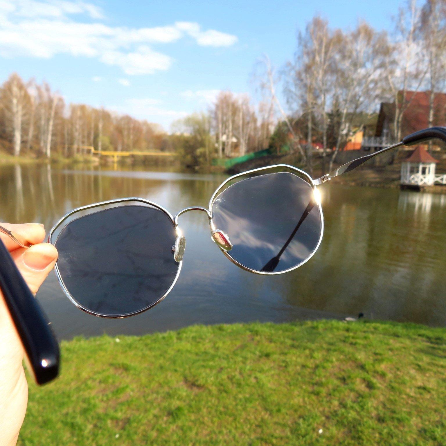 Классные солнцезащитные очки с защитой UV400 - характеристики