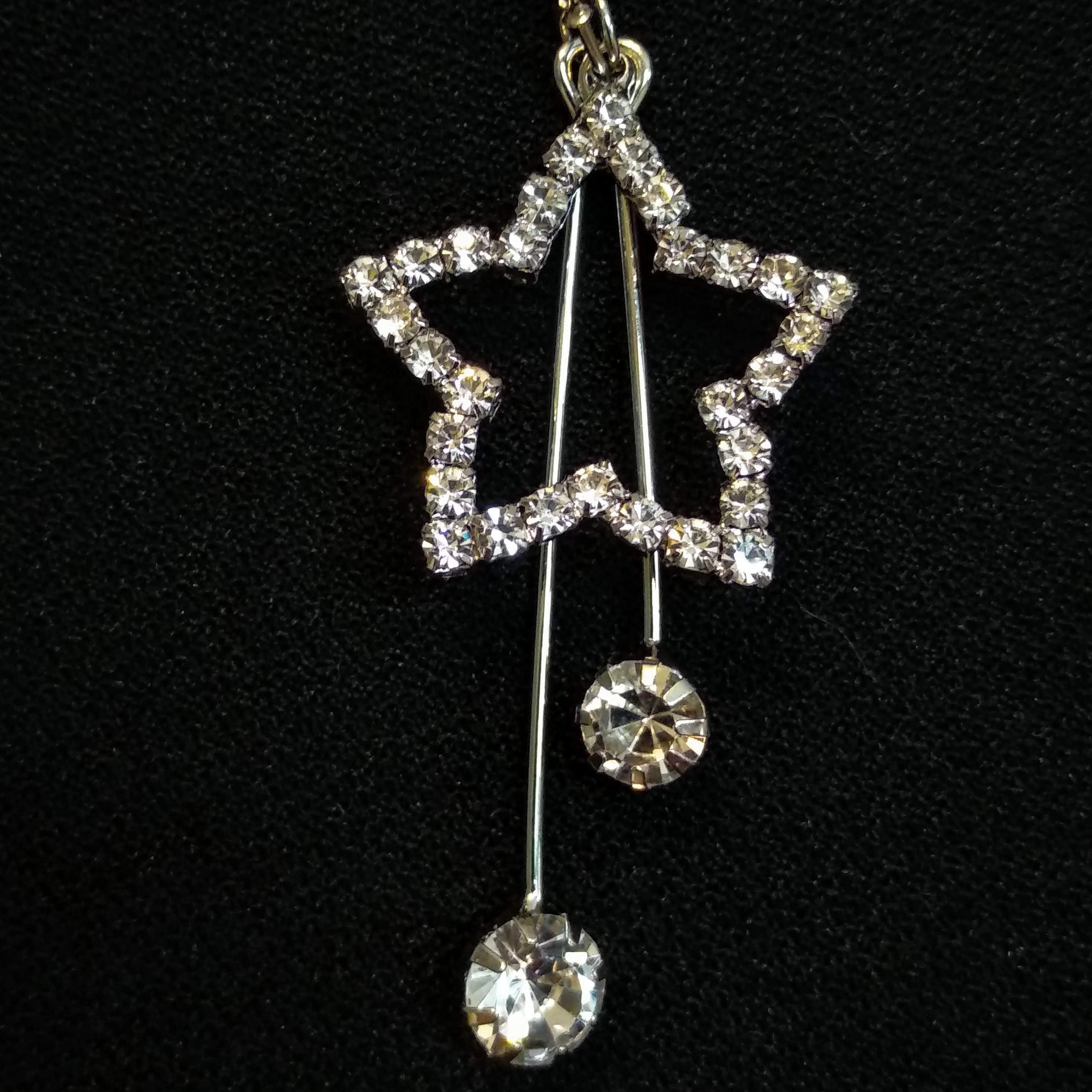 ZQMM Элегантная звезда - висячие серьги с цирконием для женщин от магазина ZQMM Store.