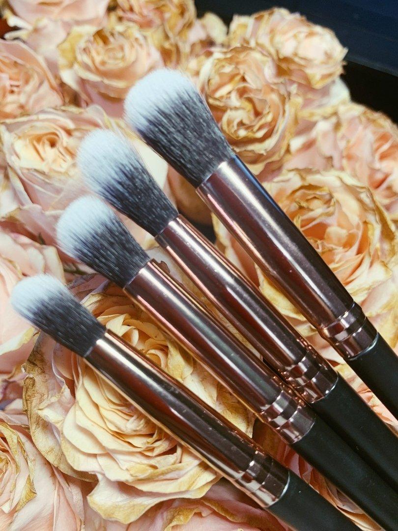 Набор кистей для макияжа/12шт - обзор