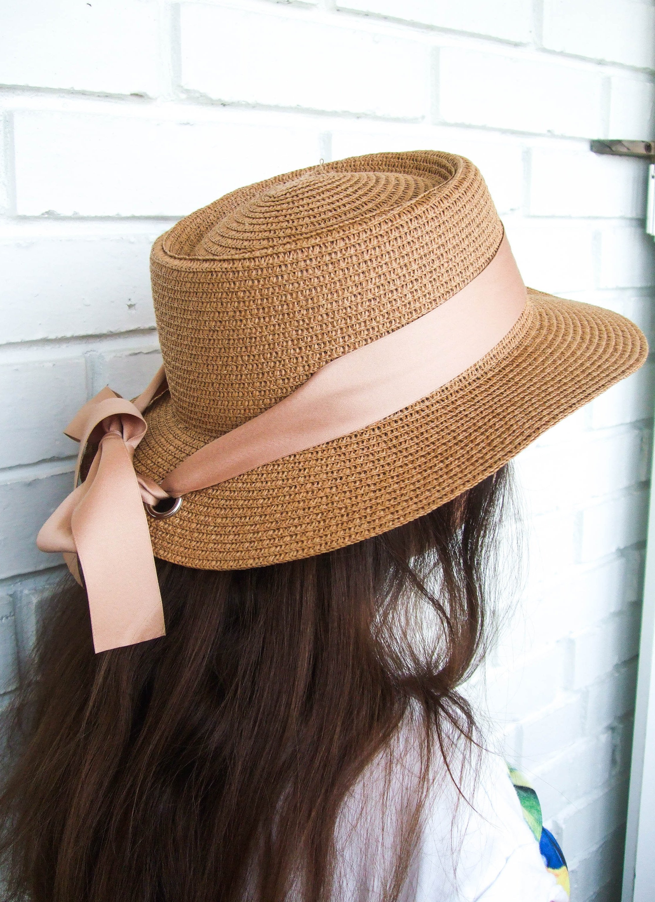 Шляпка с люверсами, которая очень понравилась - купить