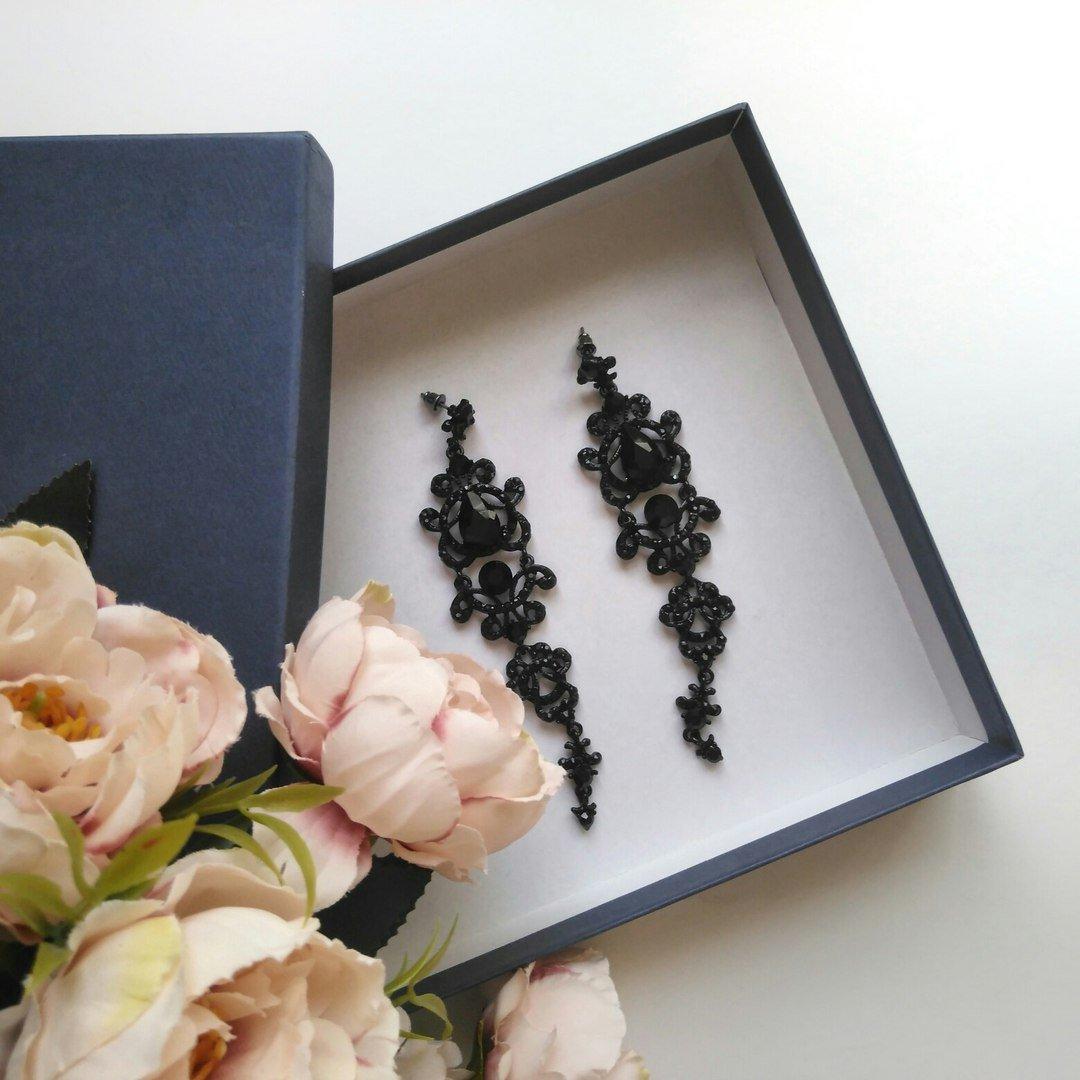 Винтажные длинные серьги от бренда Minmin - цена