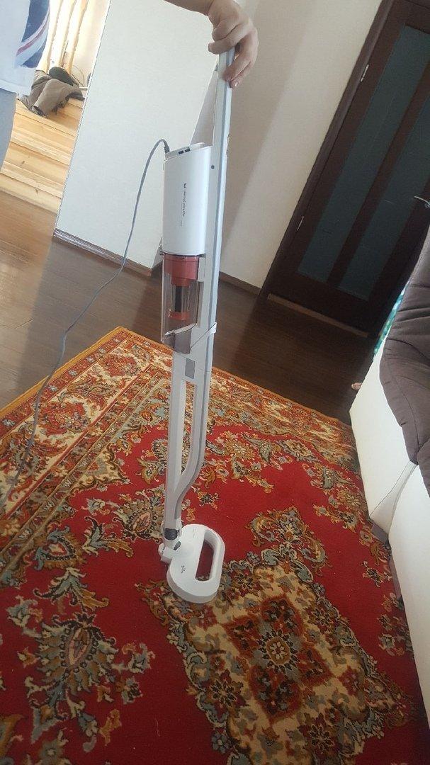Вертикальный пылесос Xiaomi Deerma Handheld Vacuum Cleaner DX800s. - фото