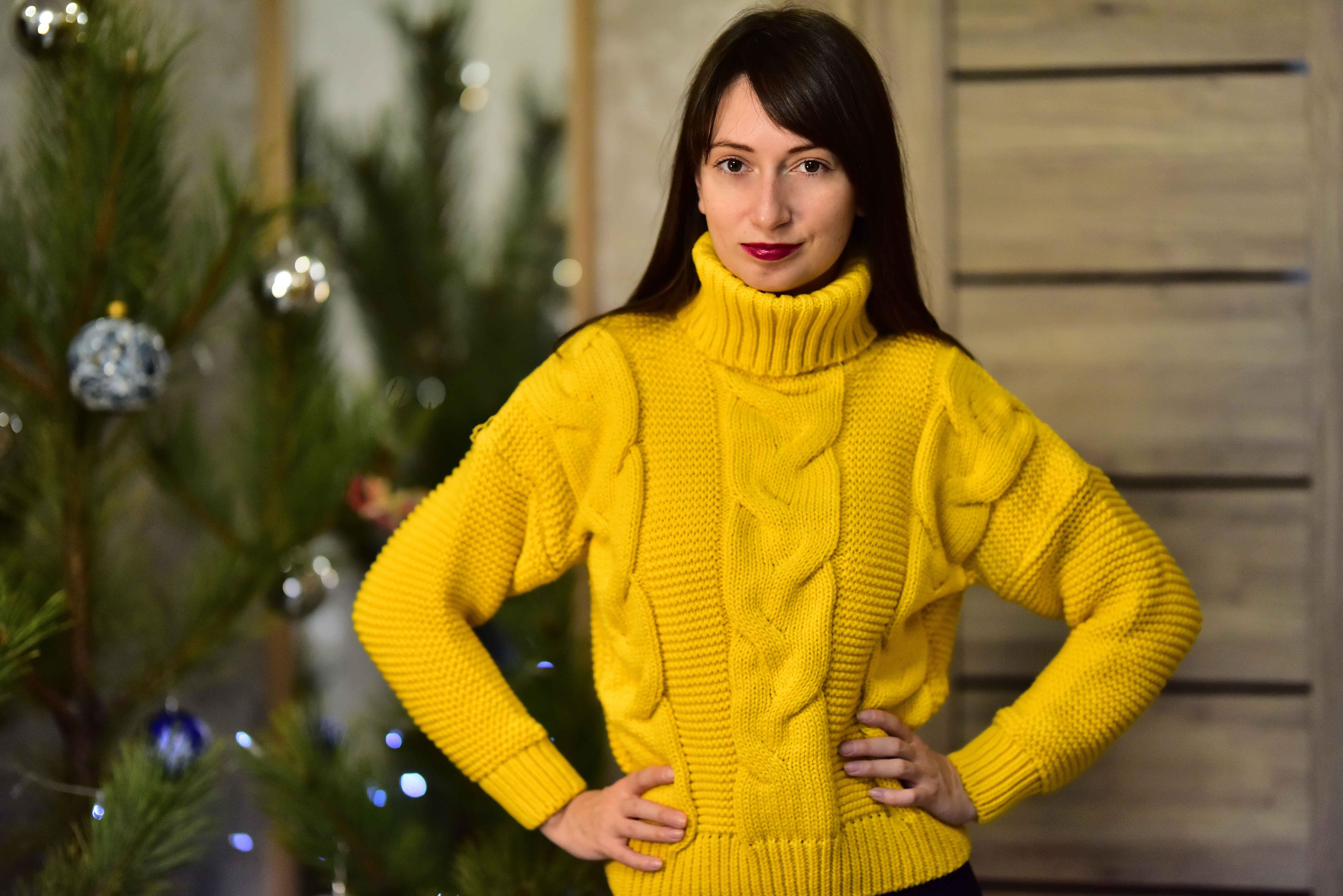 Тёплый жёлтый свитер от Tomorrow Store - инструкция