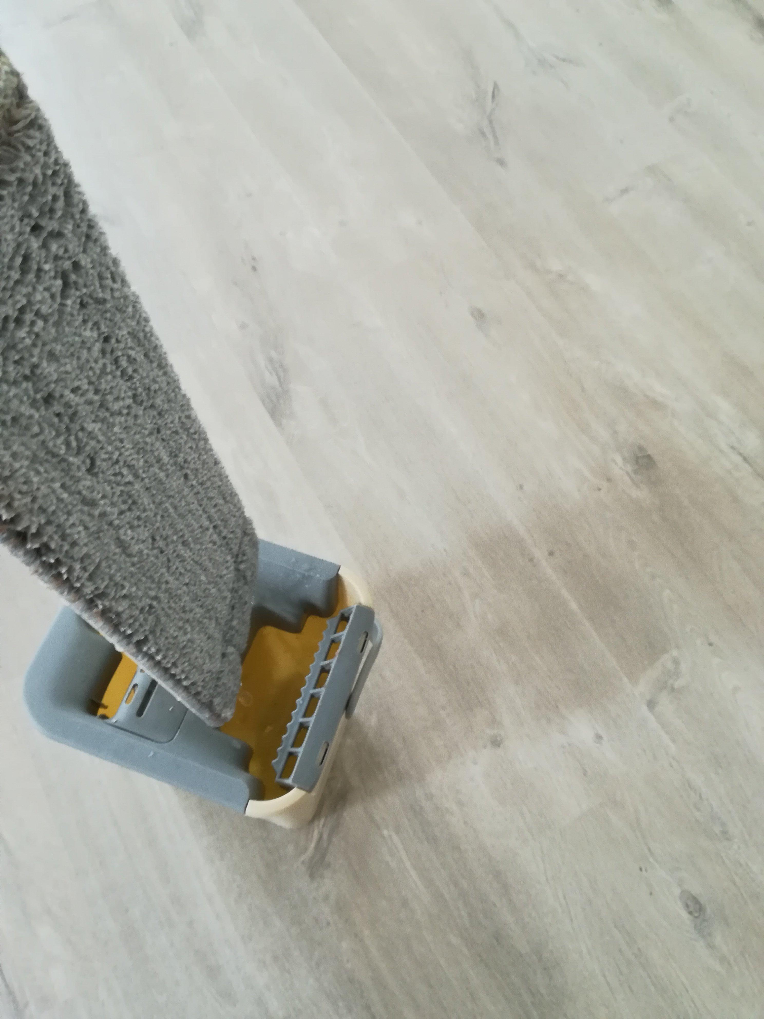 Швабра DARIS с отжимом Flat Squeeze Mop