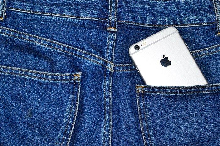 Быстрый, компактный, мощный: Apple iPhone SE 2020 128GB Black - обзор