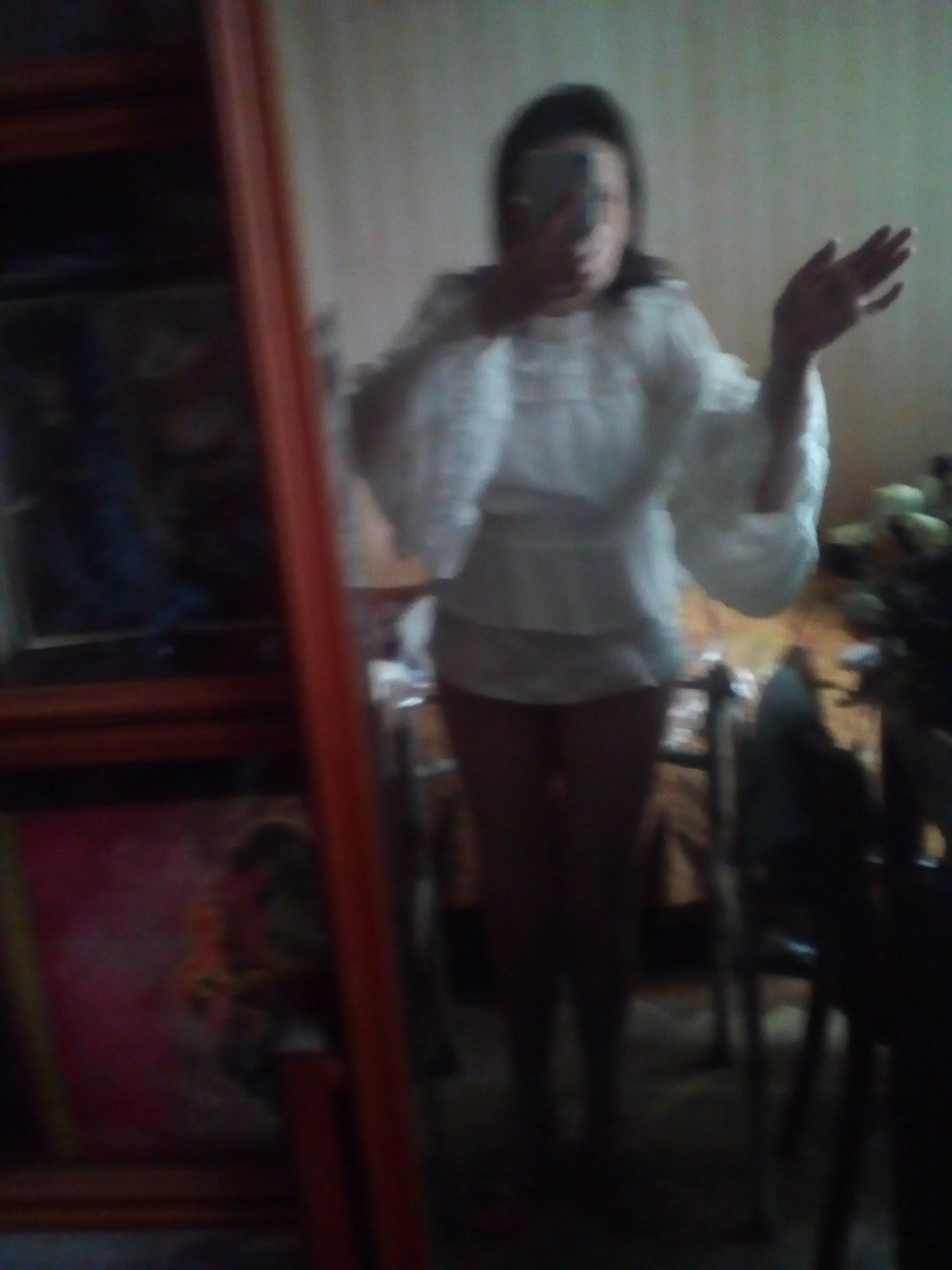 Белая шифоновая блуза с широкими рукавами и кружевом в венецианском стиле от LoliGals Lolita Store. - цена
