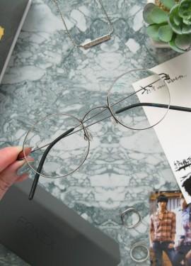 Безвинтовые очки с диоптриями в корейском стиле. Как выбрать линзы и заказать очки по рецепту?