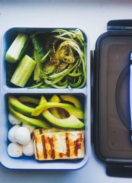 Ланч-бокс и вкусный обед с собой в офис