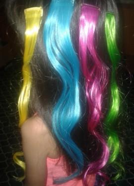 Яркие, разноцветные волосы