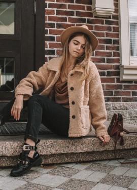 Крутые грубые ботинки на осень