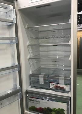 Холодильник BOSCH KGN39VI35