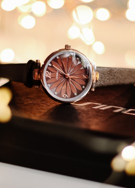 Очень красивые часы SINOBI 9788