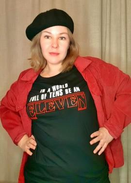 Качественная футболка для поклонников сериала Stranger Things и противников мейнстрима