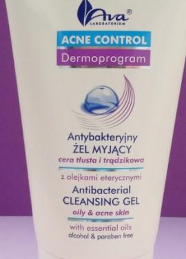 Gel de limpeza polons para peles problemáticas. Isso ajudará a combater erupes cutneas.