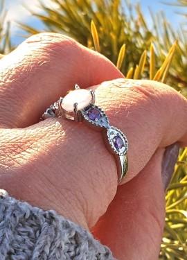 Серебряное кольцо с опалом и аметистом