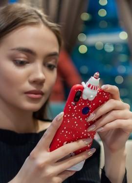 Чехол для телефона с объемным мишкой
