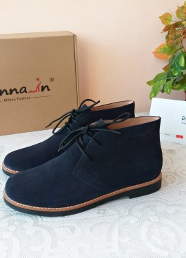 Женские замшевые ботинки от Donna-in.