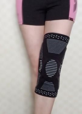 Эластичные наколенники - отличная защита ног для спортсменов