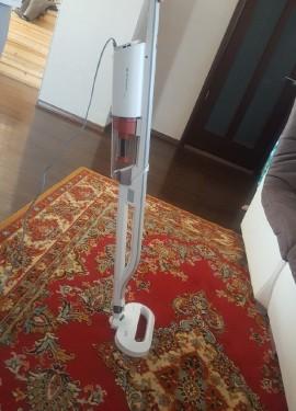 Вертикальный пылесос Xiaomi Deerma Handheld Vacuum Cleaner DX800s.