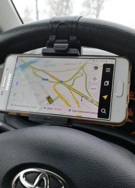 Бюджетный автомобильный держатель для телефона