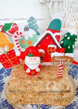 Новогоднее украшение торта