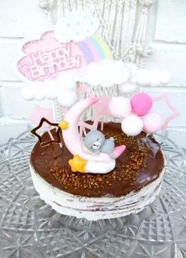 Украшаем торт для малышек