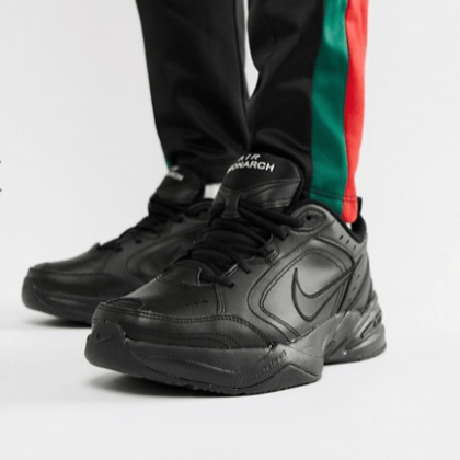Nike Air Monarch