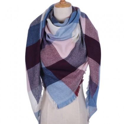 Женский шарф.