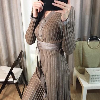 чудесное платье с люрексом