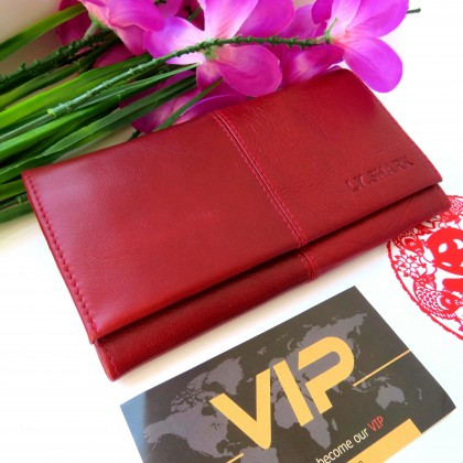 Яркий практичный кошелек из натуральной кожи бренда LY.SHARK
