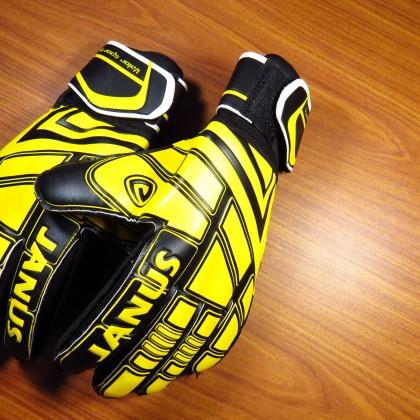 Футбольные перчатки Janus с AliExpress