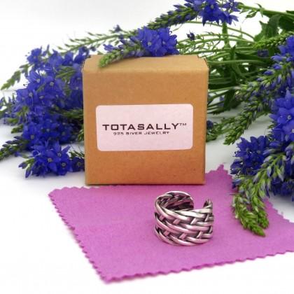 Серебряное кольцо оригинального плетения