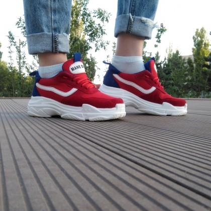 Женские кроссовки от бренда SmallHut