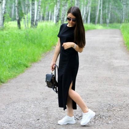 Стильное платье-футболка на лето