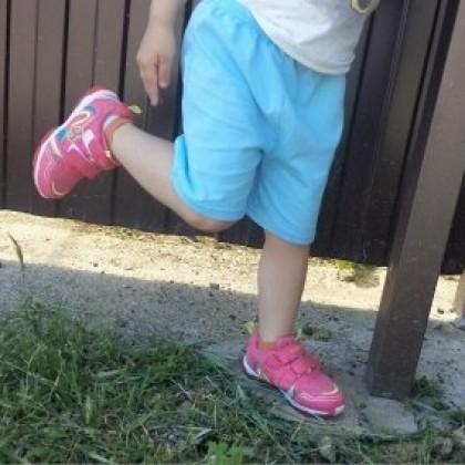 Модные брендовые удобные весенне-осенние дышащие кроссовки на липучке для моей любимой девочки