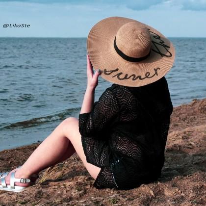 Что может не только спасти в жару, но и украсить свою обладательницу? Конечно красивая шляпа!