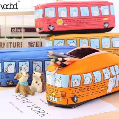 Детский пенал в виде автобуса