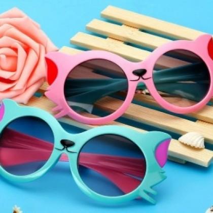 Солнцезащитные детские очки-кошечки
