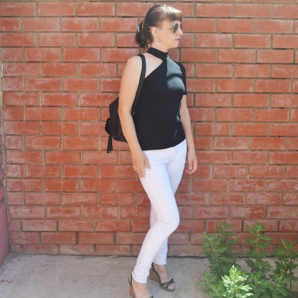 Базовые белые джинсы с высокой талией, которые можно брать. Как не промахнуться с размером?