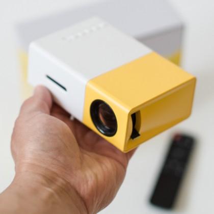 LED Проектор YG300