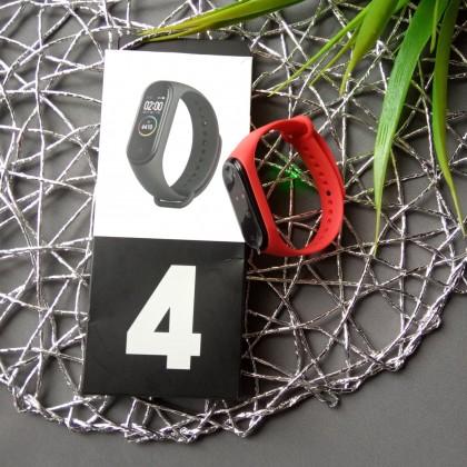 Недорогой Смарт-браслет М4 из магазина с Алиэкспресс.
