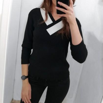 Симпатичный пуловер